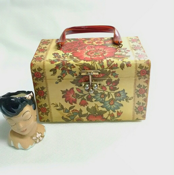 Vintage wooden decoupage purse late 60s early 70s